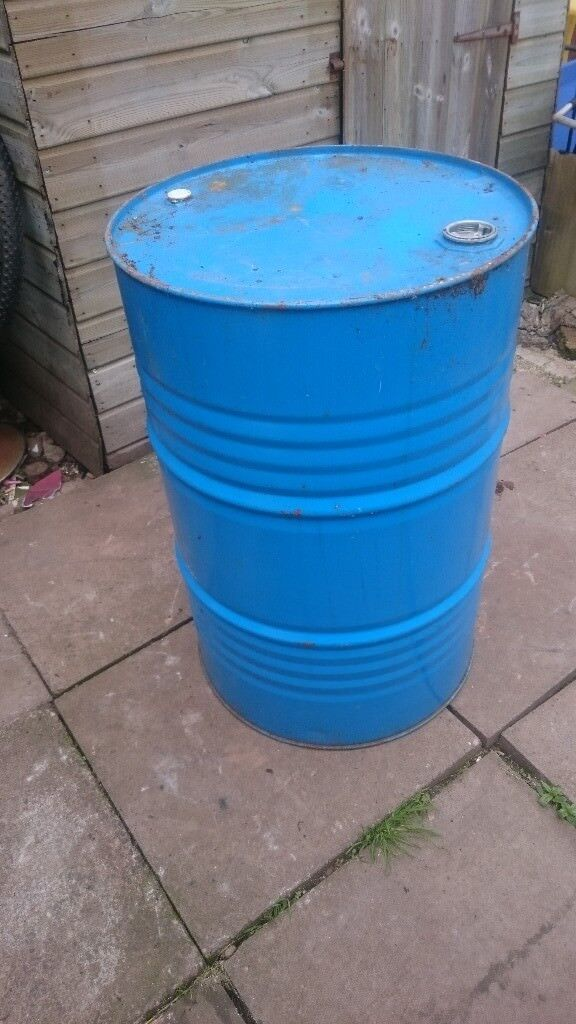 45gallon barrol for salein Castle Bromwich, West Midlands - This is a big barrol Did have diesal in it But has been drained There is NO offers Thats the price