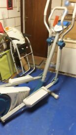 Fitness first Cross Trainer