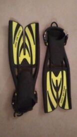 Scubapro & Mares diving fins