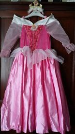Disney Princess and other dressing up clothes ages approx 3-8 priced @ £5 each or £43 lot