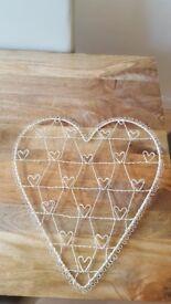 Heart Wire Memo Holder