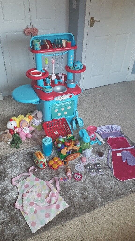 Big and Quality Girls Toy Bundle inc Sizzlin Kitchen with Accessories, Soft  Toys | in Kirkby-in-Ashfield, Nottinghamshire | Gumtree
