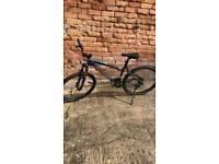 Btwin rockrider 340 mountain bike 19""
