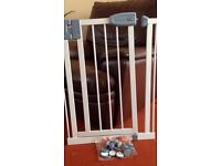Tippi Toes Safety Gate
