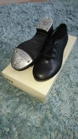 Tap Shoes Size 1