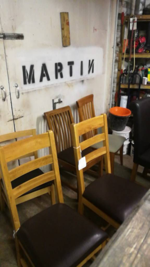 Joblot of 6 chairs