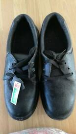 Mens Steel Toe Cap shoes size 11