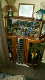 Absolutely stunning drink cabinet