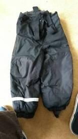 Boys ski trousers salopettes size 4-5