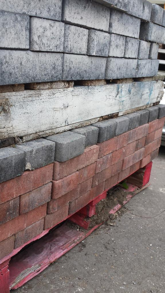 bricks blocks lintels hardcore free collection