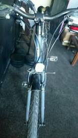Raleigh Strada one Bicycle Good Condition