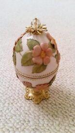 vory & Crystal Egg Jewellery Trinket Box Handmade Bespoke Floral Embellished Ornament Wedding/Bride