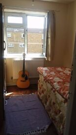 125 PW ALL BILLS INCLUDED SINGLE BEDROOM 10 MINS TO TOWER BRIDGE, GREAT LOCATION, FRIENDLY TENANTS
