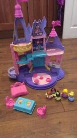 Fisher price castle and 4 Disney princesses