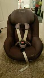 Maxi cosi pearl car seat with isofix