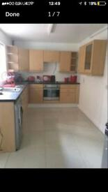 Rooms To Rent CLOSE to the RVH and ST MARYS COLLEGE