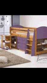 Cabin bed in Red ,