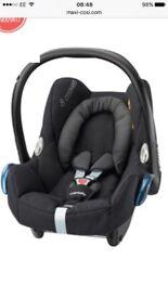 Maxi cosi car seat and easy base 2 (non isofix)