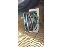 100 ft anti kink garden hose and reel