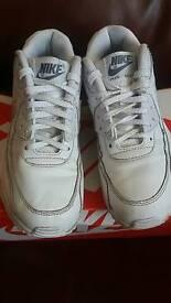 Nike air max white size 3