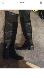 Brand new never worn women's kurt Geiger over the knee boots uk 8