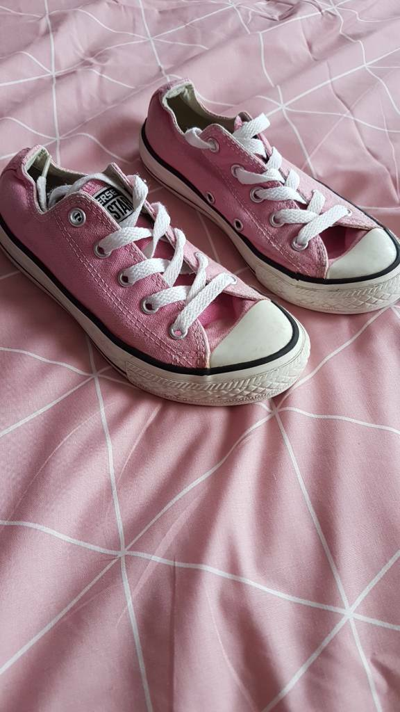Girls pink converse size 13