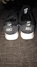 Nike Air Theas