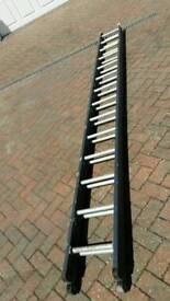Double 12 foot aluminium extension ladder
