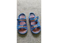 Boys summer sandals size 7