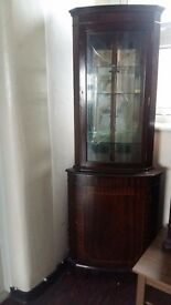 Corner Cabinet ; Corner cupboard ; vintage ; refurbish ; varnished cupboard ;