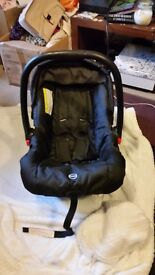 Standard lightweight carseat never involved in an accident
