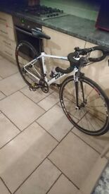 Giant aluxx road bike. Size 52 (small)