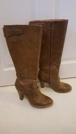 Ladies tanned boots