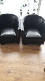 Tub chairs black