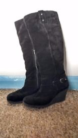 Black suede Leather Boots, good condition