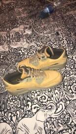 Size 4 Nike air max