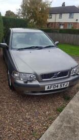 Volvo s40 open to offer need gone