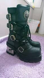 Ladies new rock boots size 6
