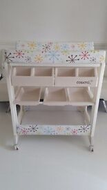 Cosatto Easi Peadi baby changing table/trolley with bath. Very good condition