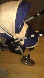 Pram/pushchair with car seat