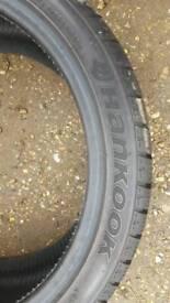 225/40/17 tyre new