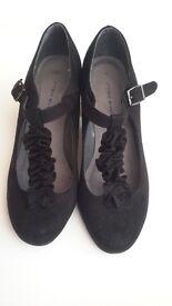 ladies black suede heels size 6 new