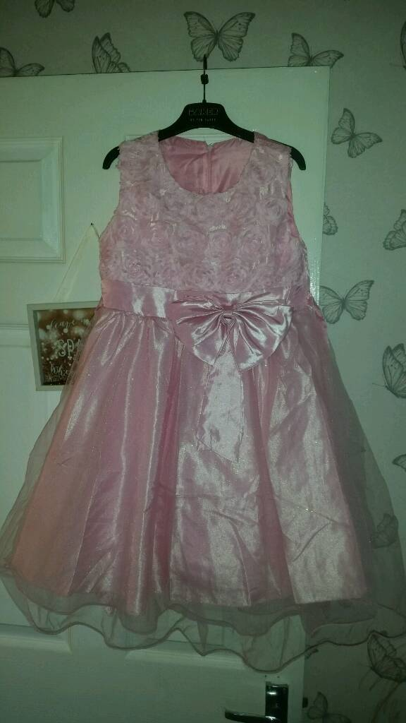 1dec9d38ad307 Stunning dress baby pink glitter party disco girls age 8-9 years princess  dress up
