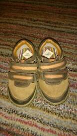 Leather children/baby shoes size 23 uk 6