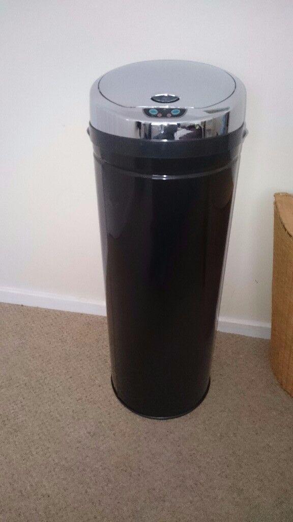 Sensor dustbin