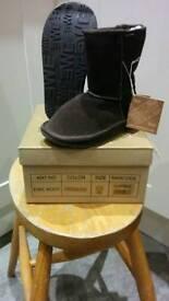 Children's EWE boot. Size 10 BNIB