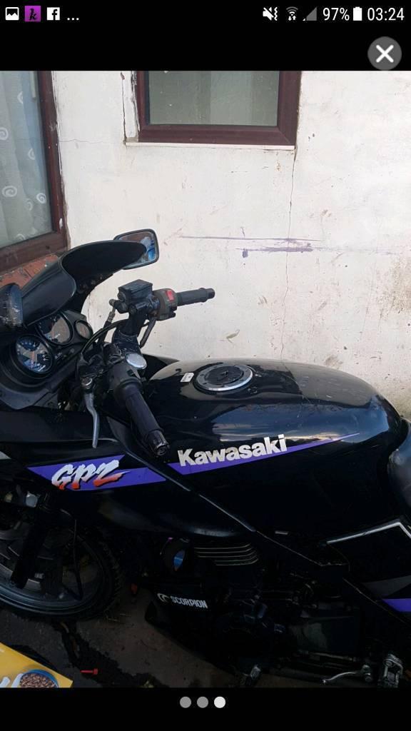 Gpz kawsaski 500s