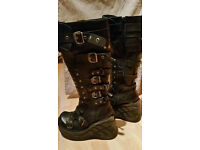 New Rock boots UK 6 Excellent condition