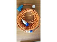 25m Mains Hook-up Cable and 3 Pin Adapter