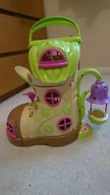 Happyland fairy boot house